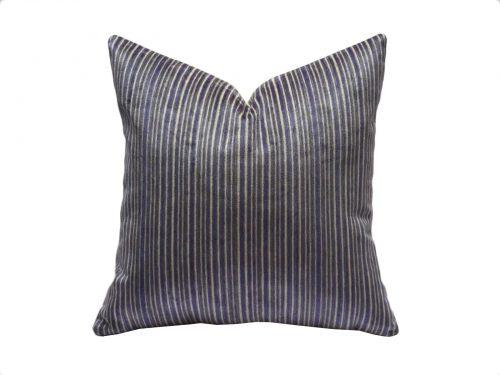 cojin cintas violeta